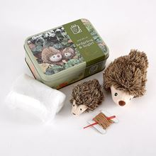 Stuff and stitch hedgehog and hoglet craft tin