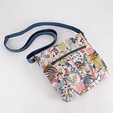 Wildflower design cross-body bag