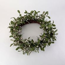 White mistletoe wreath