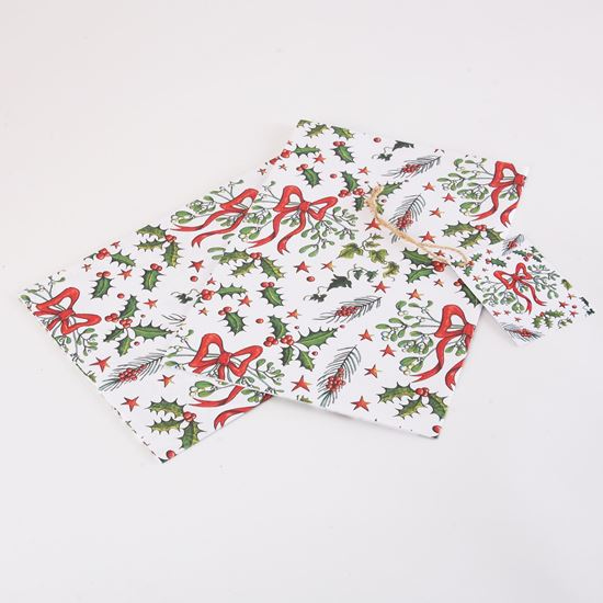 Picture of Woodland Trust gift wrap and tags - Mistletoe and holly