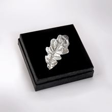 Picture of Oak leaf brooch