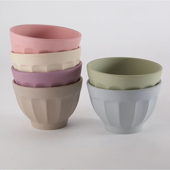 Set of 6 bamboo bowls made from bamboo, corn and reinforced with melamine resin.