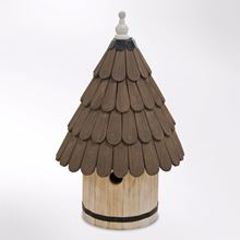 Nest box for small birds in the style of a traditional dovecote